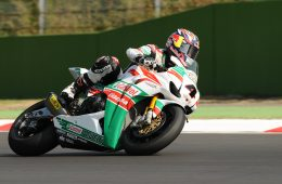 Image of Moto racer with Castrol logo on bike to reference the company's new product forecasting and demand planning. techniques